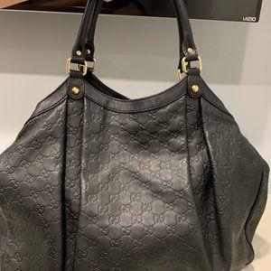 Handbags - Authentic Gucci Bag
